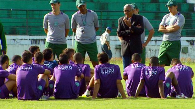 Guarani Isaías Tinoco reunião elenco Brinco de Ouro treino (Foto: Reprodução / EPTV)
