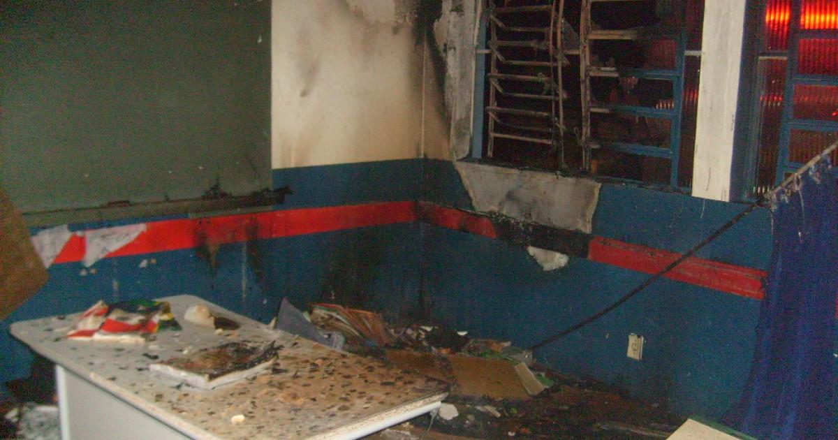 Escola de Cunha Porã é atingida por incêndio pela segunda vez em ... - Globo.com