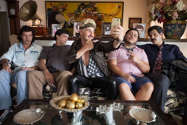 Bruno Mazzeo, Lucio Mauro Filho, Pedro Neschling, Marcus Majella e Bruno Garcia estrelam o filme Chocante (Foto: Divulgação)