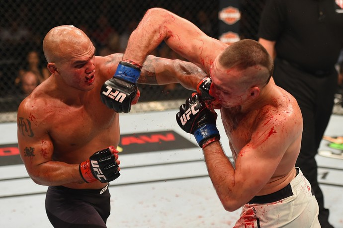 Robbie Lawler e Rory MacDonald UFC 189 (Foto: Getty Images)