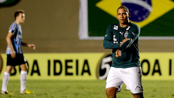 Walter goiás gol grêmio (Foto: Carlos Costa / Agência Estado)