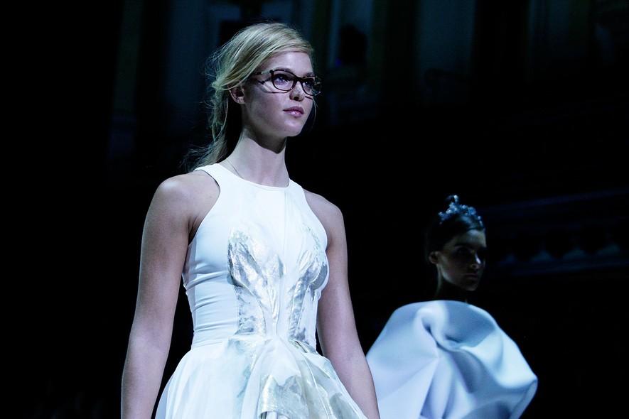 A modelo Erin Heatherton no desfile da Maticevski, na Festival de Moda Mercedes-Benz, em Sydney