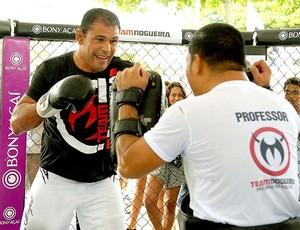 Minotauro treinando no Team Nogueira Day (Foto: Alexandre Durão / GLOBOESPORTE.COM)