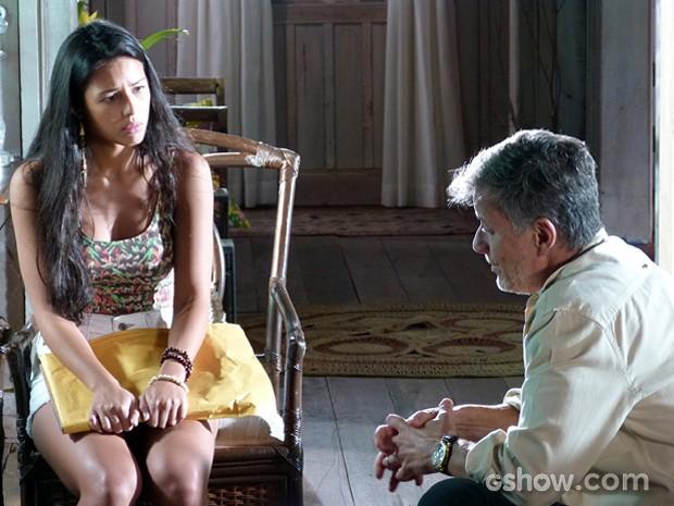 Kléber diz que não se importa mais e Fátima fica surpresa (Foto: Além do Horizonte/TV Globo)