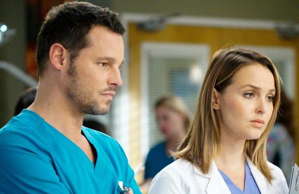 Camilla Luddington e Justin Chambers em cena de Grey's Anatomy (Foto: Divulgação)