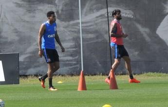 Gol, assistências e atrito com Vilson: Gustavo faz o primeiro treino no Timão