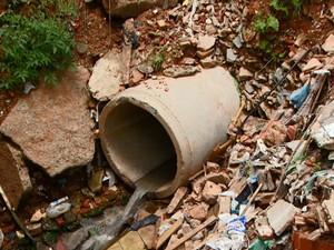 Esgoto irregular em Campinas  (Foto: Reprodução/ EPTV)