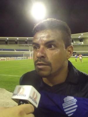 Marielson foi o autor do gol da primeira vitória do CSA no Alagoano (Foto: Caio Lorena/Globoesporte.com)