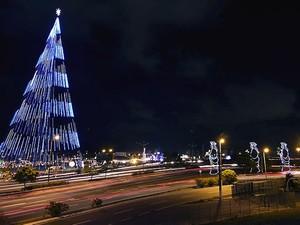 Decoração natalina em Natal inclui três árvores gigantes (Foto: Canindé Soares/G1)