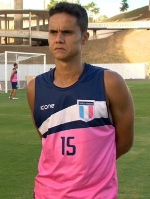 Thiago Martinelli, zagueiro do Espírito Santo (Foto: Reprodução/TV Gazeta)