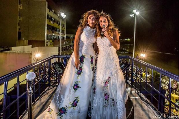Malu Verçosa e Daniela Mercury no Carnaval de Salvador (Foto: Celia Santos / Reprodução Instagram)