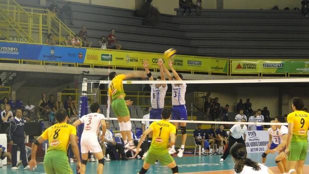Jogo Panthers, do Japão, contra Kalleh, do Irã. (Foto: Rafael Araújo)
