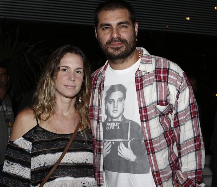 Thiago Lacerda posa com a esposa, Vanessa Lóes (Foto: Fábio Rocha / Gshow)