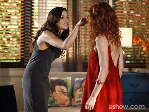 Marina explode com Vanessa por causa de Clara (Foto: Inácio Moraes/ TV Globo)
