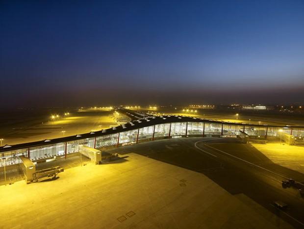 Aeroporto de Pequim (Foto: Reprodução/Metalica)