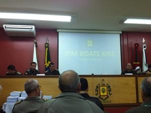 Apresentação do IPM da Kiss, em Porto Alegre (Foto: Tatiana Lopes/G1)
