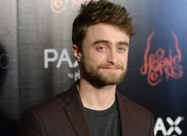 """O eterno Harry Potter, Daniel Radcliffe, certa vez disse na rede de televisão norte-americana CNN: """"As pessoas mais criativas oscilam entre a ambição e a ansiedade, entre duvidar de si mesmas e confiar em si mesmas"""". Ou seja: nem sempre o ator se sente preparado para os desafios da carreira. (Foto: Getty Images)"""