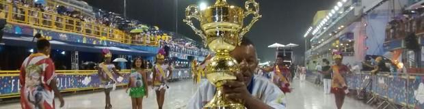 Desfile das campeãs celebra títulos e encerra o carnaval de Florianópolis (Cristiano Anunciação/G1)
