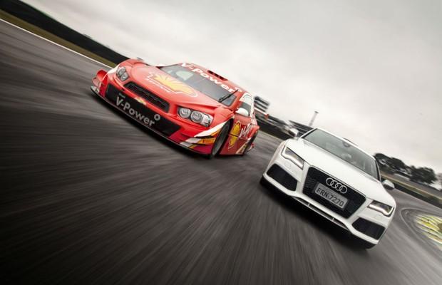 Audi RS7 e Stock Car  (Foto: Leo Sposito)