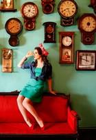 No ar em 'Correio feminino', Alessandra Maestrini mostra looks com pegada retrô em ensaio de moda