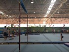 Atletas de ginástica acrobática do DF passam a treinar no Mané Garrincha