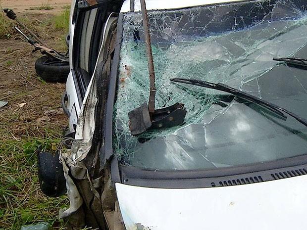 Segundo delegado, bafômetro acusou que motorista do carro estava bêbado (Foto: Reprodução/Inter TV Cabugi)