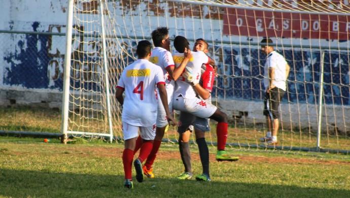 goleiro Júlio César américa-rn sub-17 (Foto: Canindé Pereira/Divulgação)