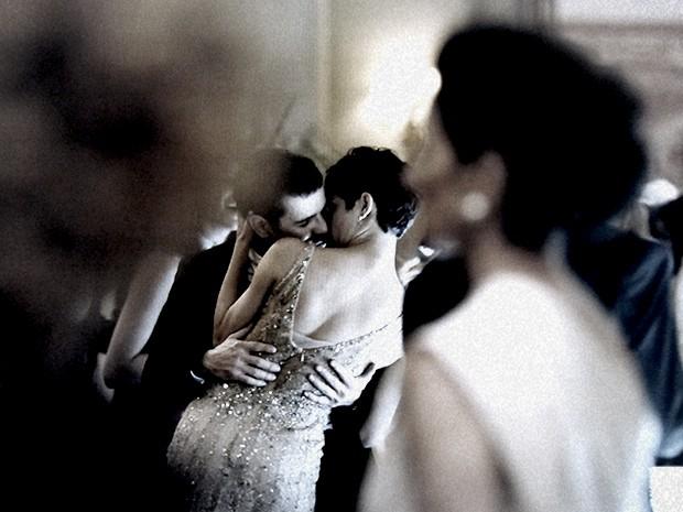 O casal provoca Gilda e Angela (Foto: O Rebu / TV Globo)
