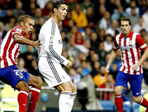 Cristiano Ronaldo jogo Real Madrid contra Atlético de Madri (Foto: EFE)