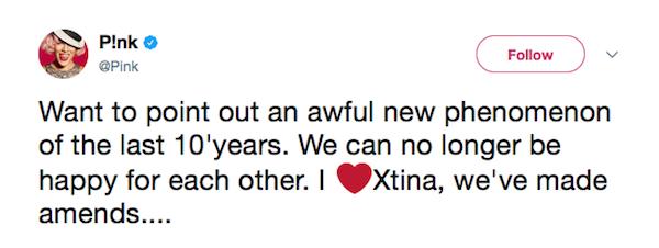A mensagem de Pink na qual diz amar Christina Aguilera e ter feito as pazes com a amiga (Foto: Twitter)