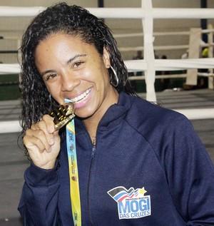 Representante de Mogi no boxe, Danila Ramos conquistou o ouro pela quinta vez (Foto: Cleomar Macedo)