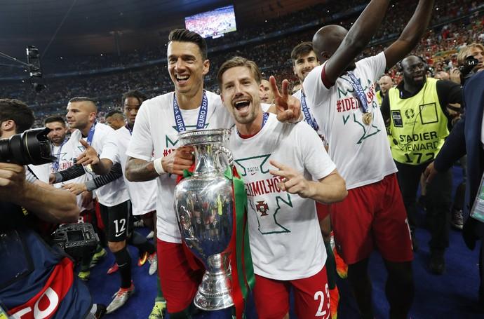 Adrien Silva e José Fonte França x Portugal Eurocopa (Foto: Reuters)