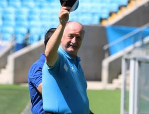 Felipão em treino do Grêmio (Foto: Diego Guichard)