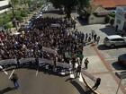 Servidores protestam em MS contra projeto sobre dívidas dos estados