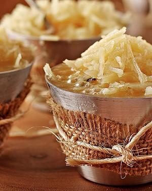 Sobremesa: cocada mole da vó Izabel (Foto: Rogério Voltan)