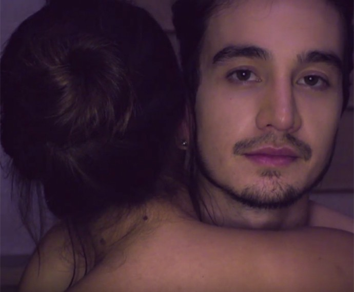 Amei te Ver faz parte do álbum Troco Likes (Foto: Reprodução)