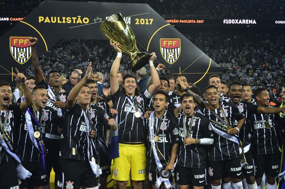 Corinthians foi campeão paulista contra a Ponte Preta no mês passado (Foto: Marcos Ribolli)