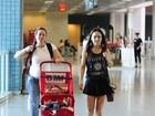 Gabriela Duarte viaja com o filho