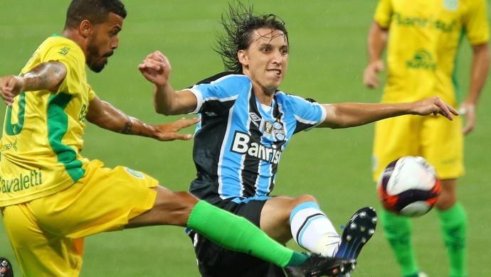 Pedro Geromel Grêmio x Ypiranga (Foto: Agência Estado)