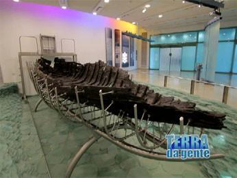 Restos Arqueológicos do Barco de Jesus. (Foto: Reprodução/TVCA)