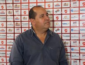 Marcos Martinez, presidente do Vila Nova (Foto: Daniel Mundim)
