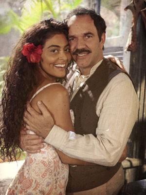 Juliana Paes e Humberto Martins vivem um par de tirar o fôlego (Foto: Gabriela / TV Globo)