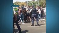 Estudantes protestam contra alta de limpeza nas escolas