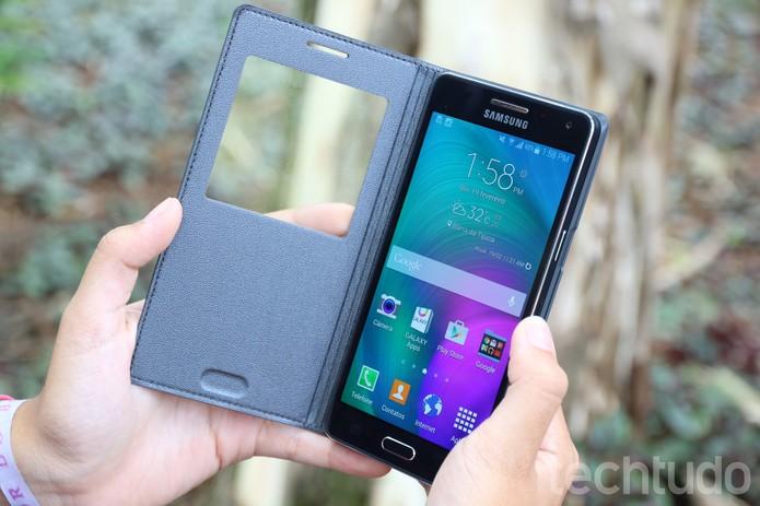 Smart tem memória RAM de 2 GB e interna de 16 GB (Foto: Anna Kellen Bull/TechTudo)