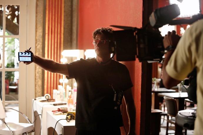 Fábio Assunção grava claquete de cena (Foto: Raphael Dias)