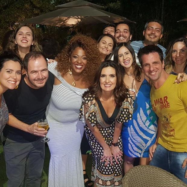 Fátima Bernardes com os colegas de Encontro (Foto: reprodução/instagram)