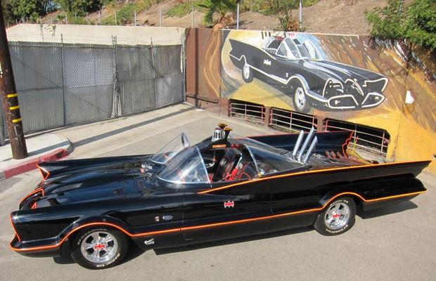 Primeiro Batmóvel será leiloado em janeiro pela Barrett-Jackson (Foto: Divulgação)