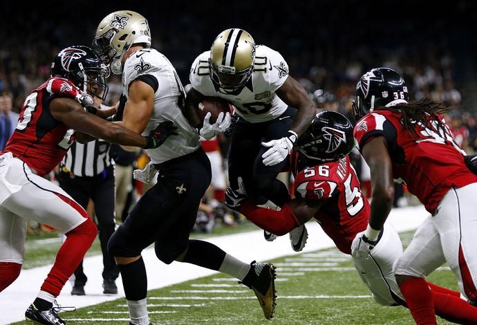 New Orleans Saint e Atlanta Falcons se enfrentaram nesta segunda-feira no Superdome (Foto: Getty Images)