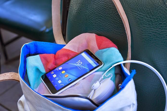 Sony anuncia Xperia E4, smart com cara de Lumia (Foto: Divulgação/Sony)