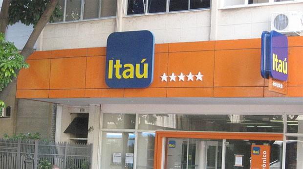 Agência do Itaú: bancos só reabrem no dia 2 (Foto: Wiki Commons)